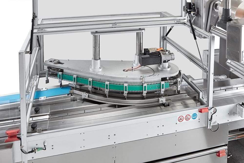 Automatic biscuit packaging line